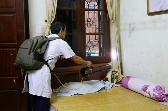 Chuyên gia hướng dẫn diệt bọ gậy phòng sốt xuất huyết đúng cách